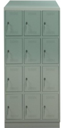 00150538 Szafa skrytkowa z daszkiem, 3 segmenty, 12 skrytek (wymiary: 2135x900x480 mm)