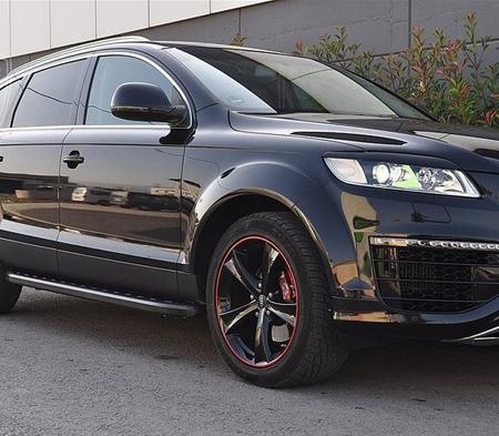 01655884 Stopnie boczne, czarne - Audi Q7 2006-2014 (długość: 205-210 cm)