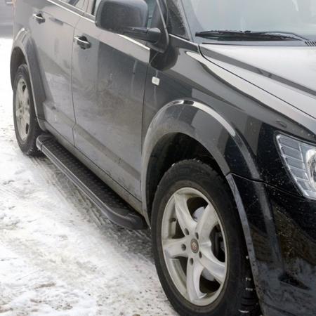 01656100 Stopnie boczne, czarne - Fiat Freemont (długość: 182 cm)