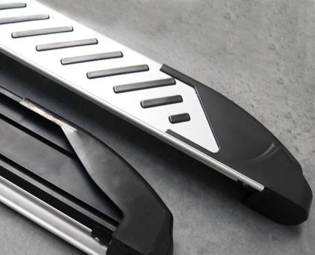 01656324 Stopnie boczne, paski - Mercedes ML W163 1997-2005 (długość: 182 cm)