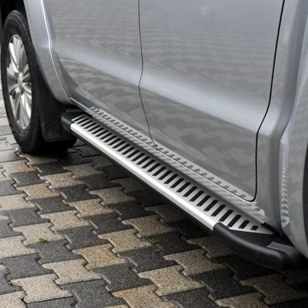 01656366 Stopnie boczne, paski - Volkwagen Tiguan (długość: 171 cm)