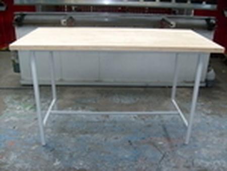 77156880 Stół montażowy (wymiary: 2000x1250x900 mm)