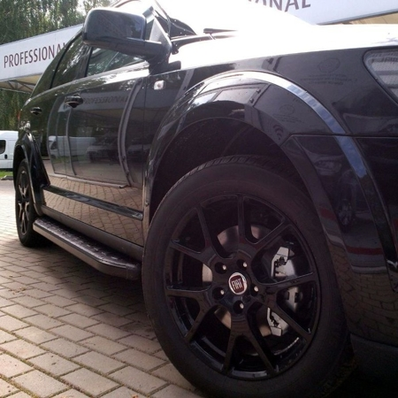 DOSTAWA GRATIS! 01655927 Stopnie boczne, czarne - Land Rover Freelander I 2004-2007 (długość: 161-167 cm)