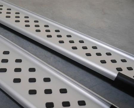 DOSTAWA GRATIS! 01656027 Stopnie boczne - Kia Sorento 2008-2012 (długość: 171 cm)