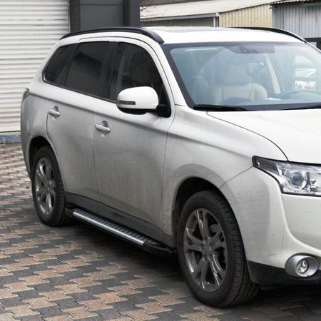DOSTAWA GRATIS! 01656051 Stopnie boczne - Nissan Juke (długość: 171 cm)